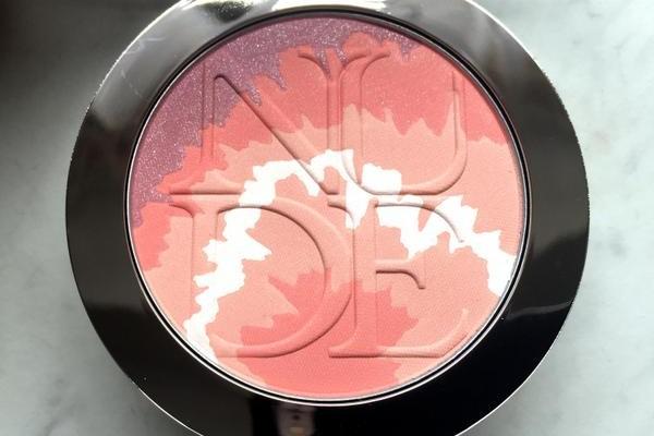 DIORSKIN Nude Tan Blush Tie Dye Edition Pink Sunrise