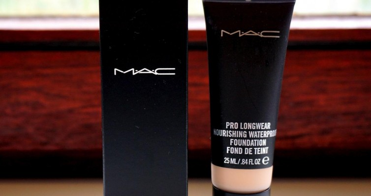 MAC Pro Longwear Nourishing Waterproof Foundation - Highendlove