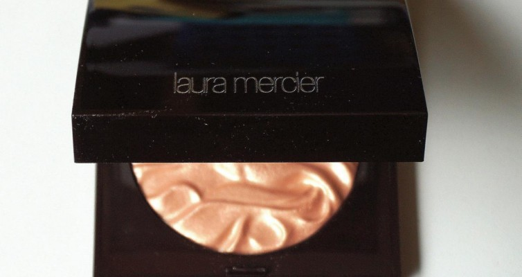 LAURA MERCIER Face Illuminator Powder Indiscretion - Highendlove