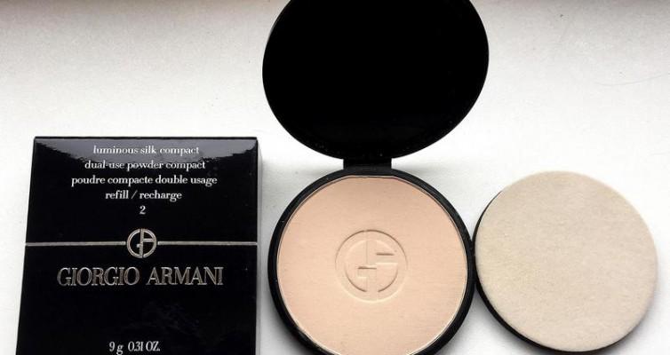 GIORGIO ARMANI Luminous Silk Compact Puder - Highendlove