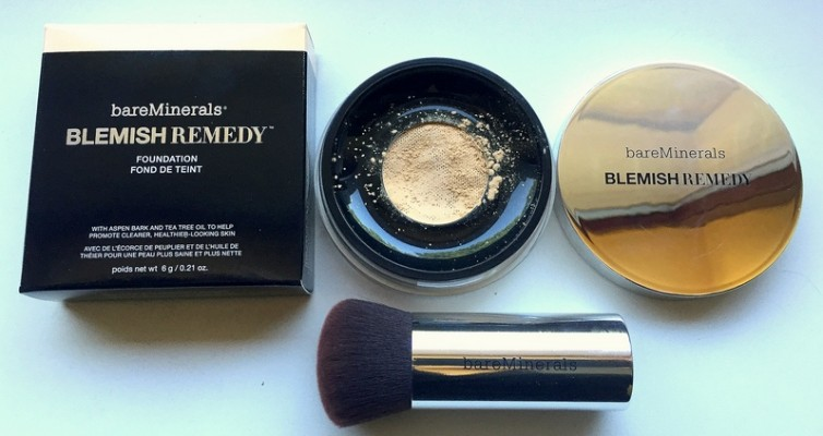 BAREMINERALS Blemish Remedy Puder Foundation - Highendlove