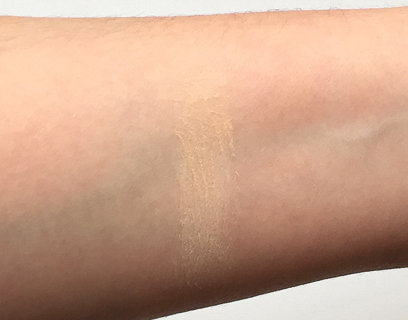 MAC Sheer Mystery Powder Light Medium Swatches - Highendlove