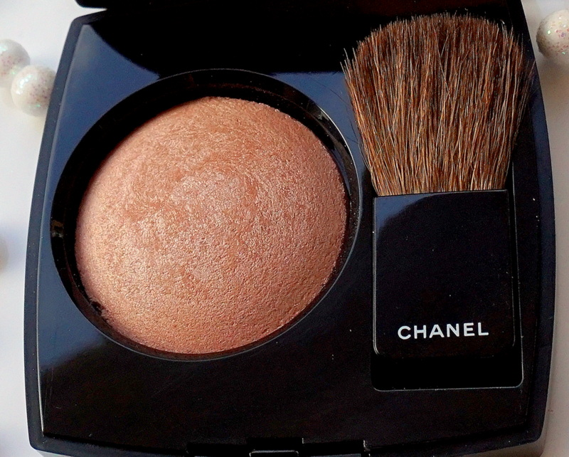 CHANEL Joues Contraste Lumiére Highlighting Blush - Highendlove