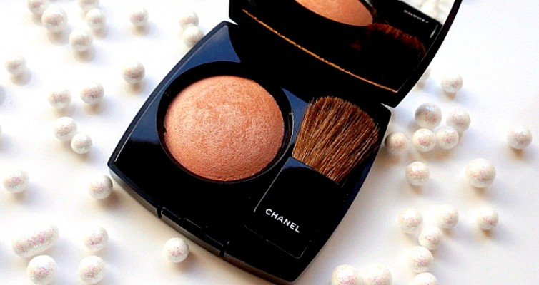 CHANEL Joues Contraste Lumiére Highlighting Blush - Highendlove