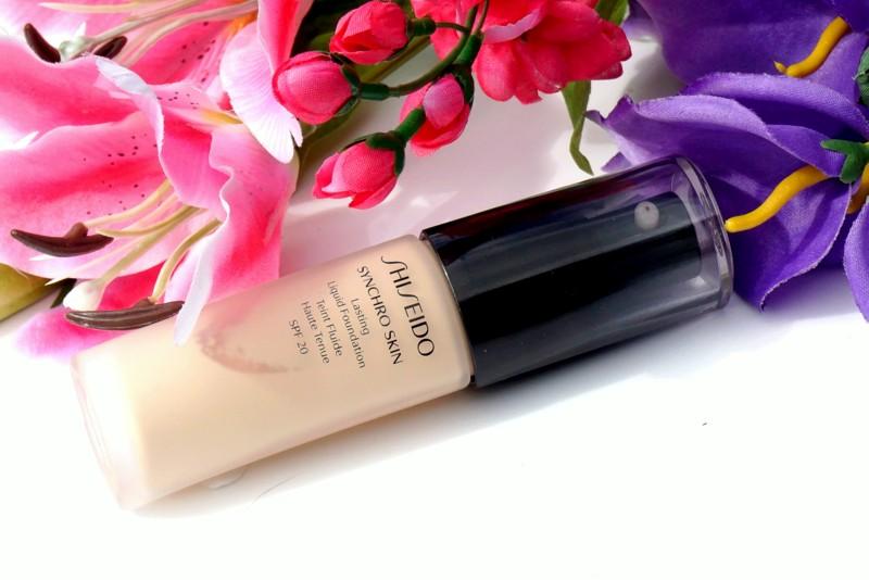 SHISEIDO Synchro Skin Lasting Liquid Foundation - Highendlove