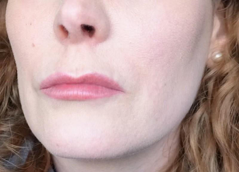 CLINIQUE Almost Powder Makeup & Stay-Matte Universal Blotting Powder - Highendlove