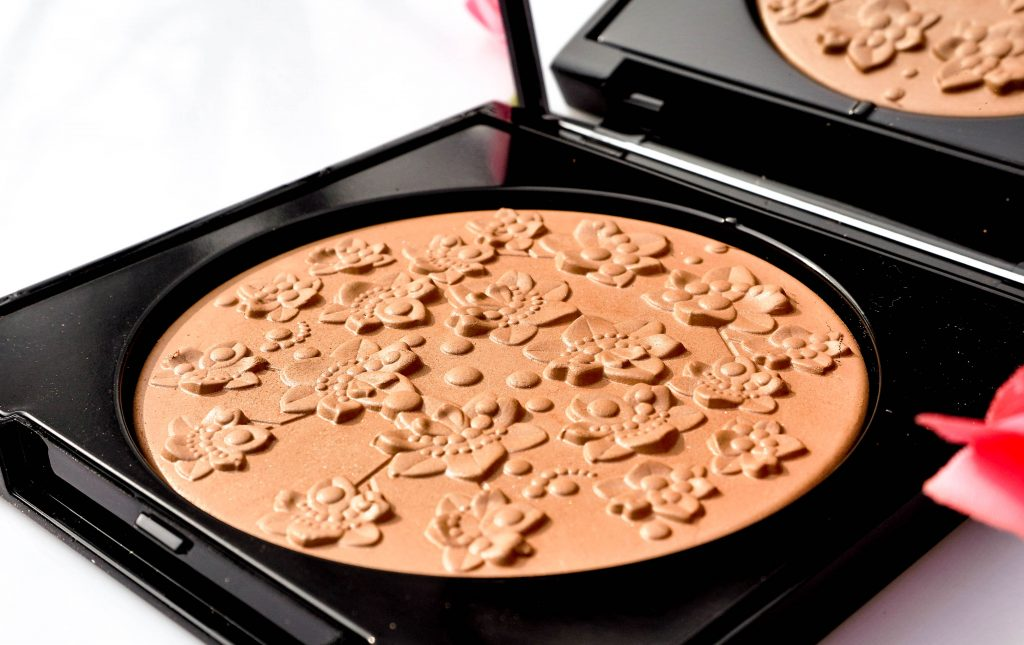 GIVENCHY Les Saisons Healthy Glow Powder Floral Edition Bronzer - Highendlove