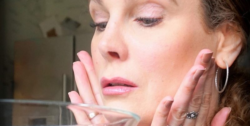 Beautyhack - kaltes Wasser als ultimatives Makeup-Fix? - Highendlove