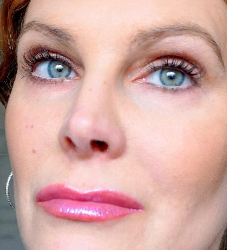 HUDA BEAUTY Lip Strobe Mystical - Highendlove