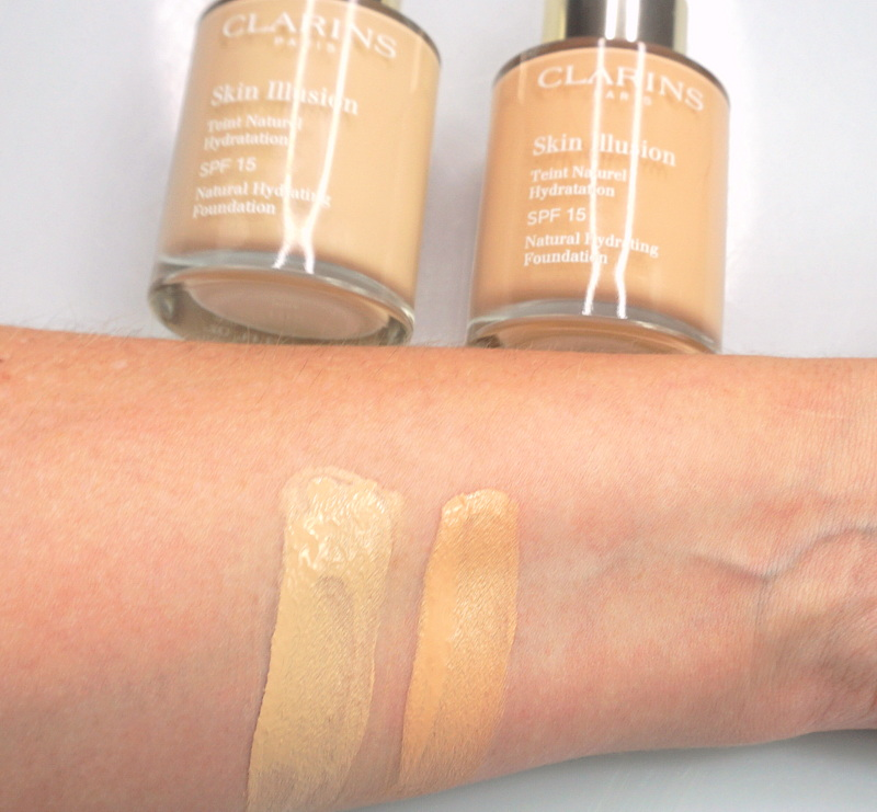 CLARINS Skin Illusion Teint Natural Hydrating Foundation - Highendlove