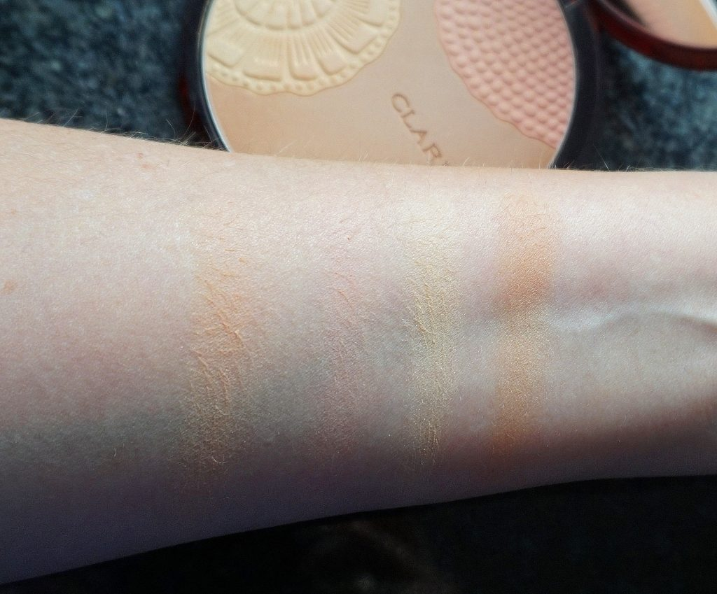 CLARINS Bronzing Powder Swatches - Highendlove